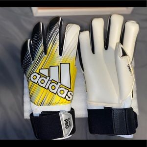 Adidas Classic Pro Soccer Gloves Size 11  NEW!